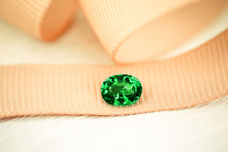 Tsavorite | Gemstones from A-Z at Rocks & Co.