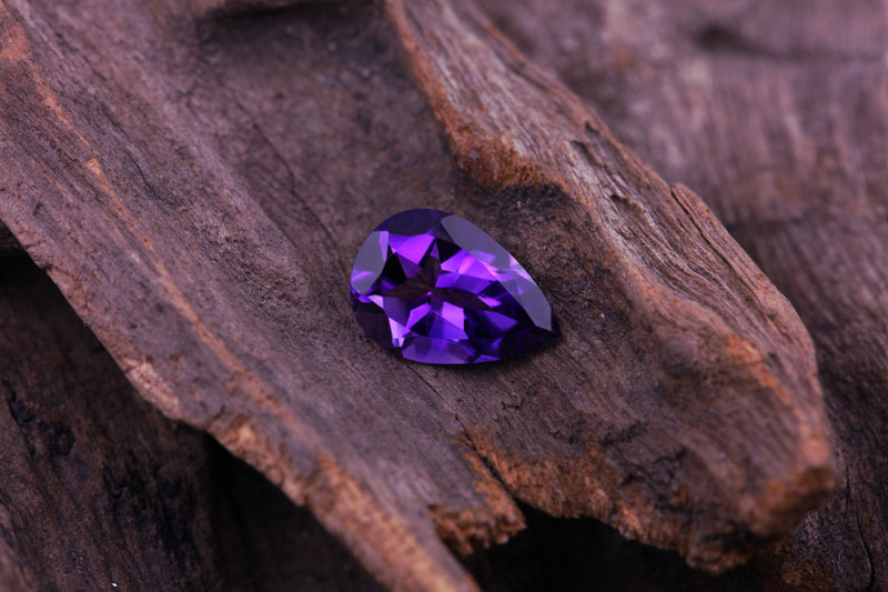 Amethyst | Properties, colour and information